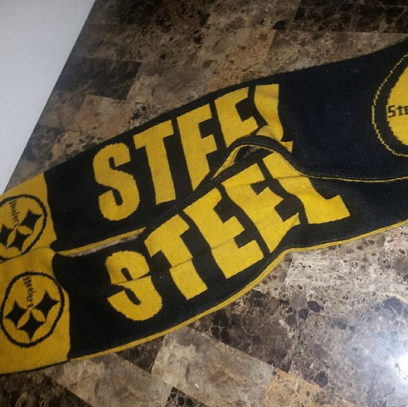 new styles 2bd3e 79ce5 Pittsburgh Steelers Large Scarf